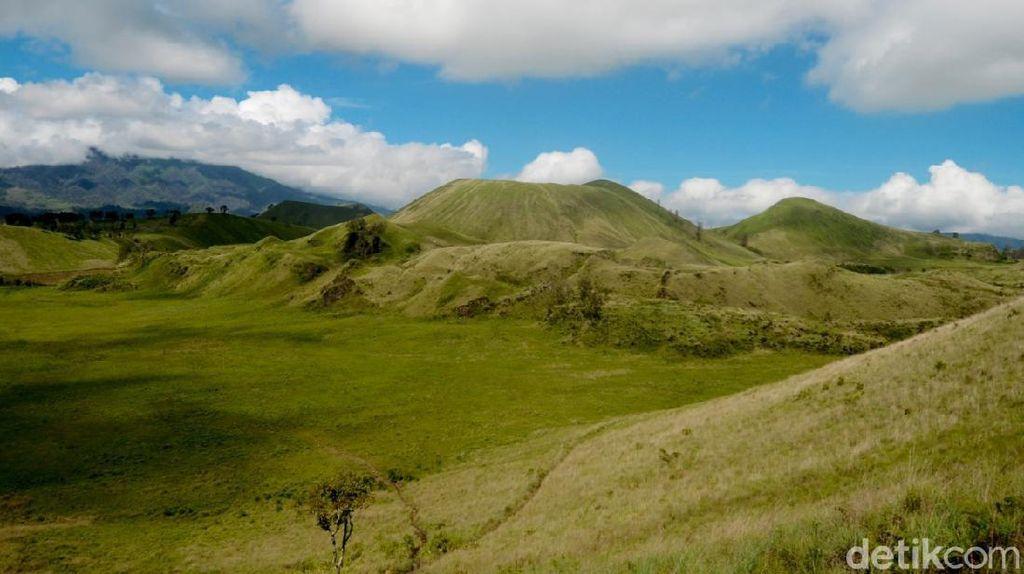 Menelusuri Bekas Letusan Gunung Ijen Purba yang Indah di Bondowoso