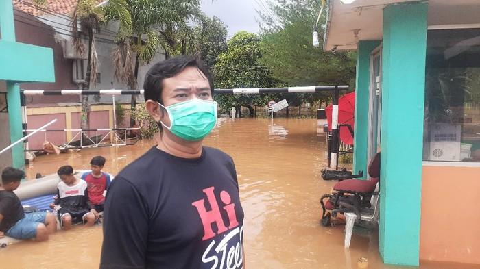 Ketua RW 16 di Perumahan Bumi Nasio Indah, Jatiasih, Bekasi, Iwan Kurniawan