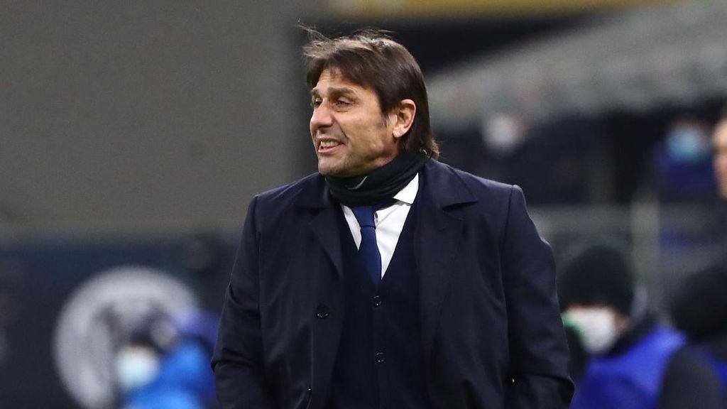 Antonio Conte Buka Pintu untuk MU