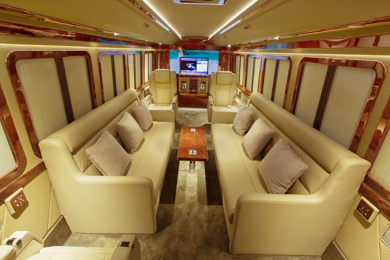 Bus Mewah ala Sultan yang Jadi Rumah Berjalan