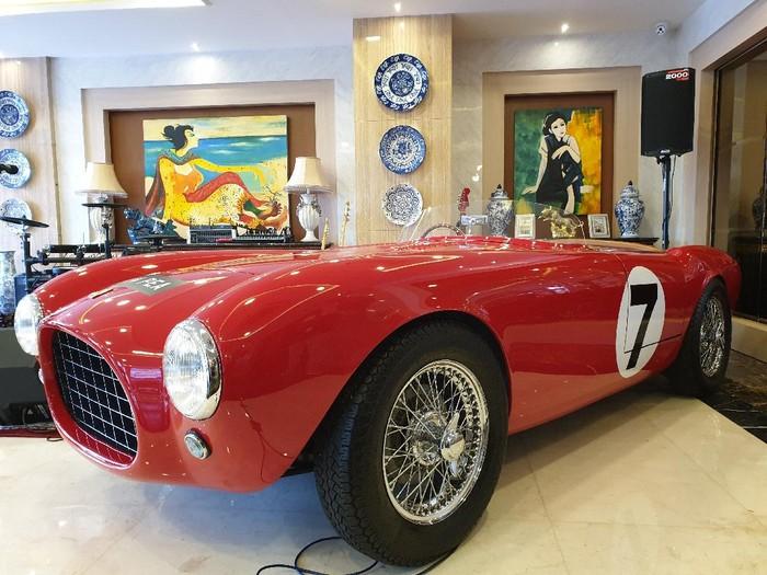Ferrari 250 Testa Rossa 1957 milik Bambang Soesatyo