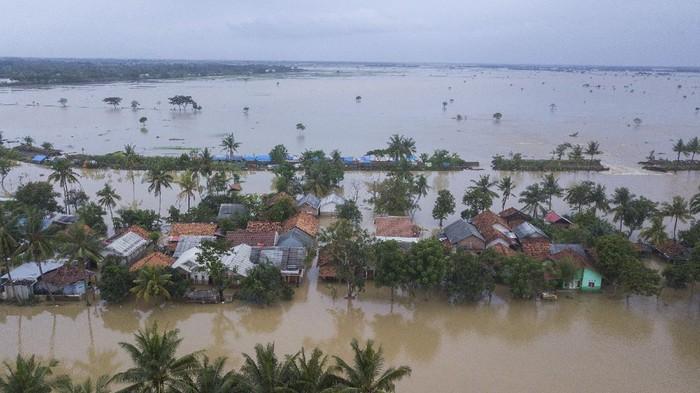 Banjir Hingga 1,5 Meter Masih Rendam 9 Kecamatan di Kabupaten Bekasi