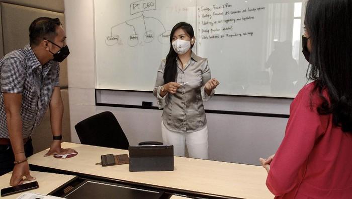 Pusat Prestasi Indonesia beri sejumlah penghargaan pada Lydia Novrien Singal. Lydia diketahui merupakan Founder dan Chief Executive Officer dari CEO Consulting.