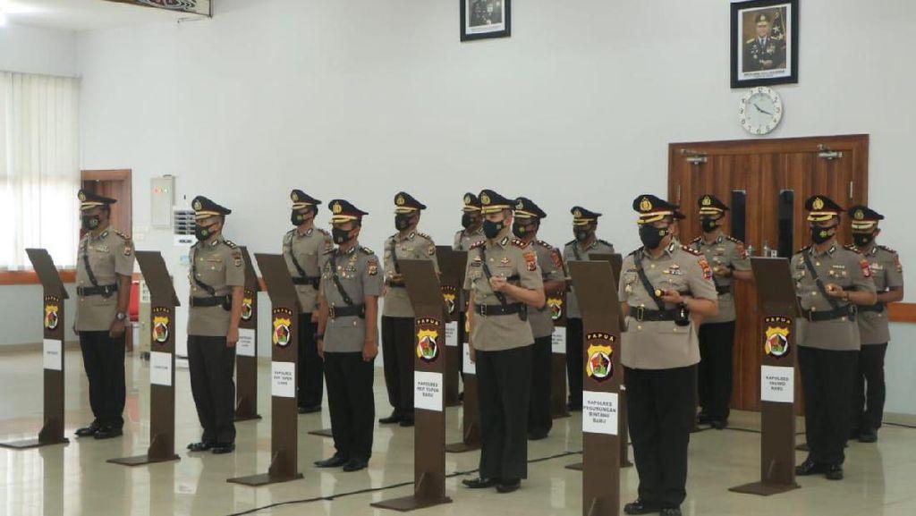 Jelang Akhir Masa Tugas Kapolda Papua, Paulus Waterpauw Lantik 9 Kapolres