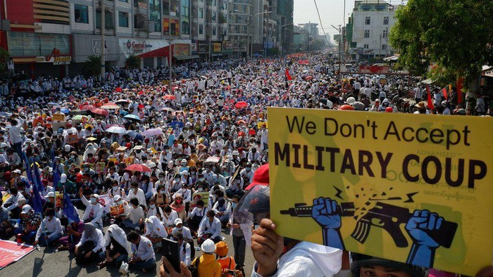 Kudeta Myanmar: Apa makna Revolusi 22222 yang diikuti ratusan ribu orang untuk menentang perebutan kekuasaan oleh militer