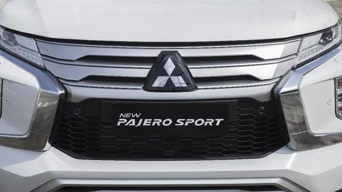 Mitsubishi Pajero Sport Dakar Ultimate 4x4