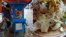 Santuy! Saat Kebanjiran, Orang-orang Ini Asyik Ngopi hingga Jajan Ketoprak