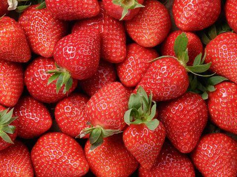 Penistaan! Nasi Biryani Ini Diberi Topping Buah Strawberry