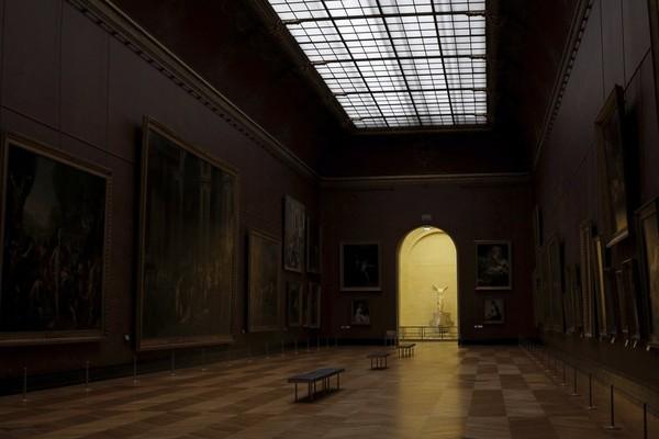 Kini museum ini memutuskan untuk renovasi, mumpung tak ada pengunjung.