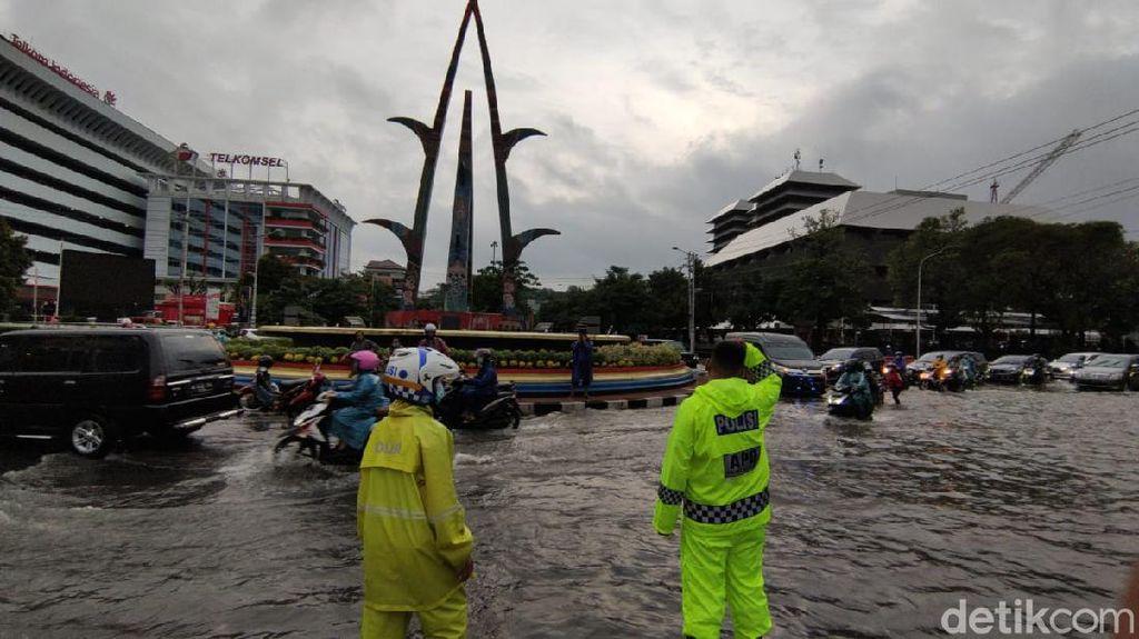 Ganjar Usul Anggaran Rp 3 T ke Pusat untuk Tanggulangi Bencana di Jateng