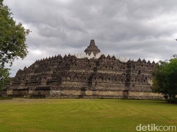 Candi Borobudur memiliki tiga zona. Yaitu, zona Kamadhatu, zona Rupadhatu, dan yang terakhir zona Arupadhatu.( Eko Susanto/detikTravel)