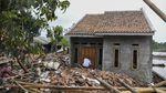 Tanggul Citarum Jebol Rusak Ratusan Rumah Warga