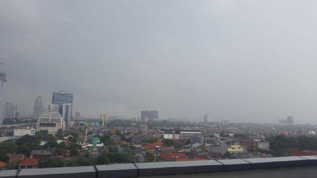 Hujan di Kawasan Tendean, Mampang, Jaksel