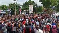 Pembelaan dan Sindiran soal Kerumunan di Kunjungan Jokowi