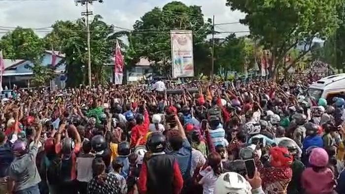 Jokowi Maumere