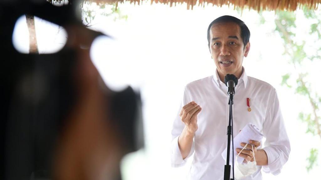 Tinjau Progres Tol Pekanbaru-Bangkinang, Jokowi Tekankan soal Daya Saing