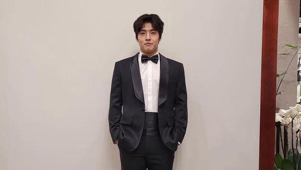 Kang Ha Neul (Tangkapan Layar Instagram)