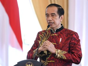 Jokowi Pakai Batik Sawunggaling di Imlek 2021, Anne Avantie Ungkap Maknanya