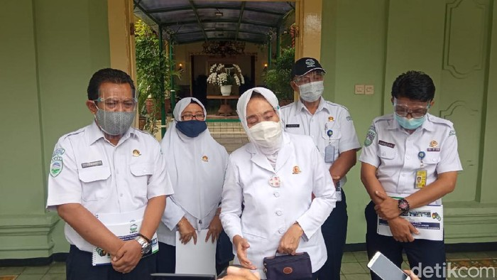Kepala BMKG Dwikorita Karnawati di Kantor Gubernur DIY, Kemantren Danurejan, Kota Yogyakarta, Selasa (23/2/2021).
