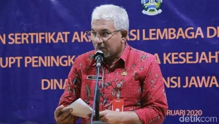 Kepala Dinas Sosial Jatim dr Alwi