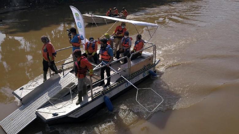 SeeHamster, perahu pembersih sungai Pemkot Bekasi
