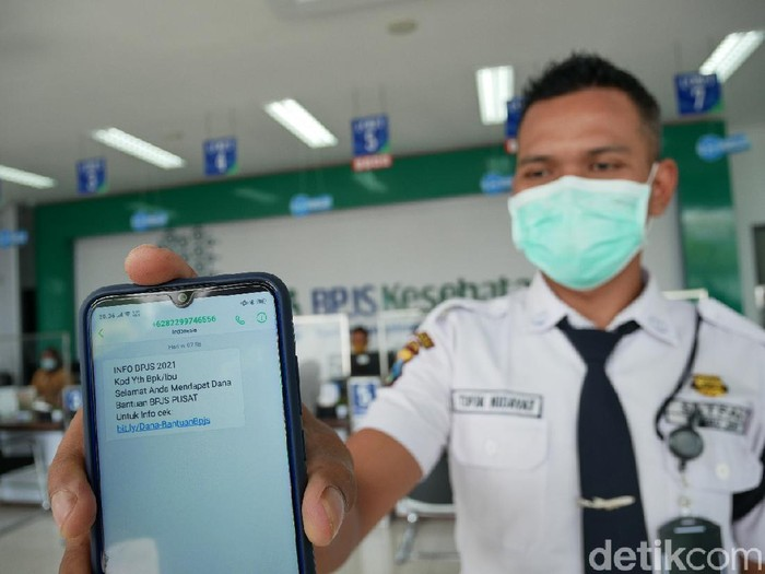 Sejumlah pesan sms hoaks berisi warga penerima sms pemerintah akan memberikan dana bantuan BPJS, merisaukan warga Kediri