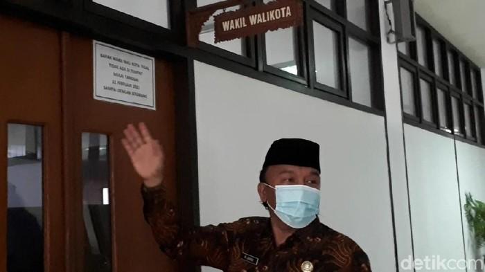 Wakil Wali Kota Tegal menunjukkan ruang kerja dikunci