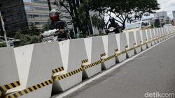 Jalur Sepeda Dipermanenkan, Jalan Sudirman-Thamrin Dipasang Beton