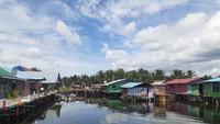 Foto Kampung Warna-warna Yoboi di Sentani