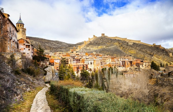 Kota Albaraccin terletak di Aragon, Spanyol. (Getty Images/iStockphoto)