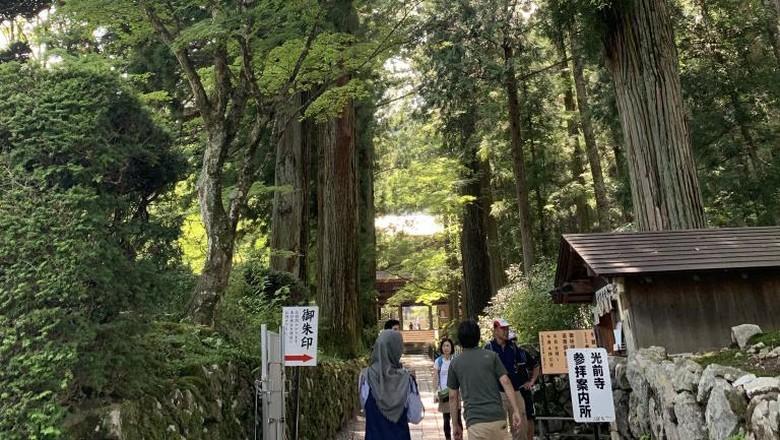 Kuil Hoshakuzan Kozen-ji Nagano, Jepang