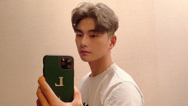 Lee Yi Kyung (Tangkapan Layar Instagram @luvlk89)
