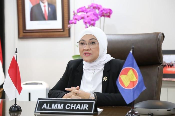 Menteri Ketenagakerjaan Ida Fauziyah menggalang dukungan ASEAN Occupational Safety and Health Network (ASEAN-OSHNET) atau Jejaring Keselamatan dan Kesehatan Kerja negara-negara anggota ASEAN dalam menghadapi dampak pandemi