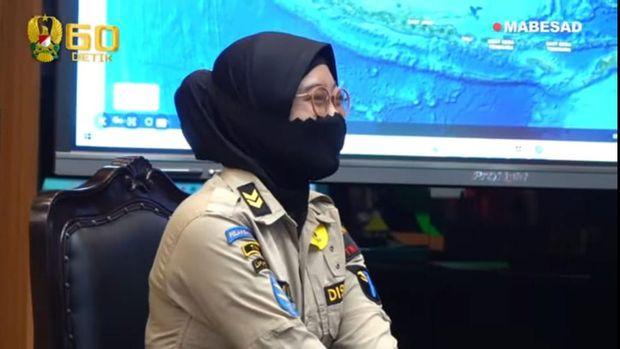 Sertu (K) Rizka menemui KSAD Jenderal Andika Perkasa dan istri