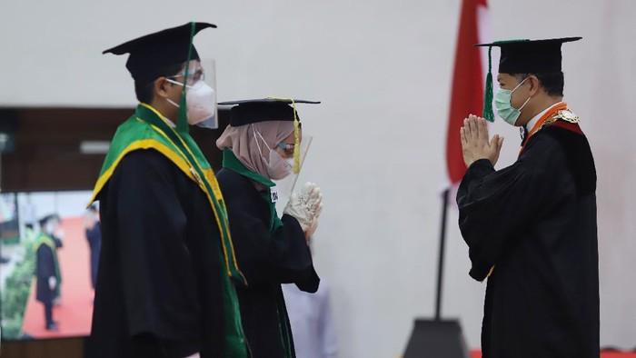 Universitas Syiah Kuala (USK) Aceh mewisuda 1.549 lulusan periode November 2020 sampai Januari 2021 (Agus Setyadi/detikcom)  ilustrasi wisuda