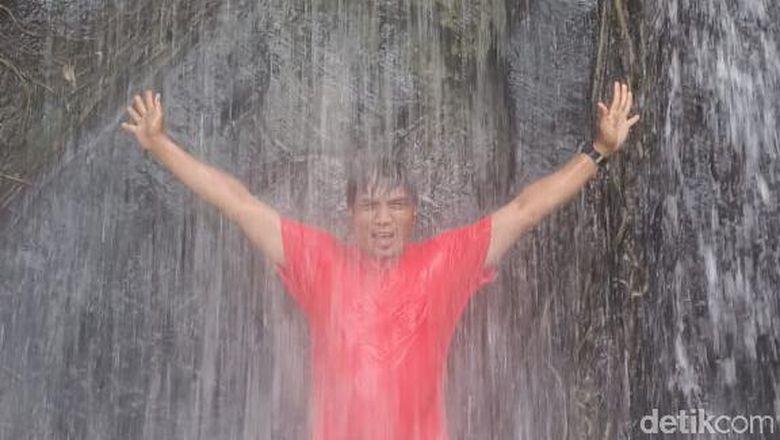 Air Terjun di Kutai Kertanegara