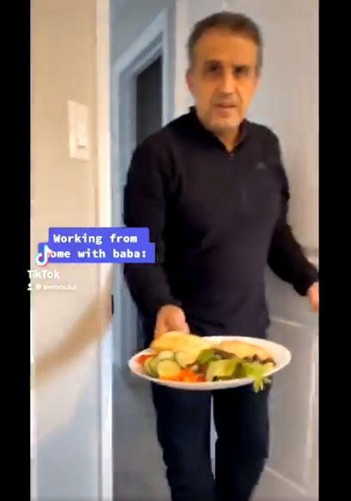 Gemas! Pria Ini Selalu Buatkan Makanan untuk Putrinya selama WFH