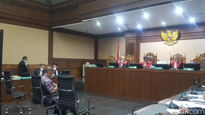 Djoko Tjandra dalam sidang lanjutan dengan agenda pemeriksaan terdakwa (Zunita Amalia Putri/detikcom)