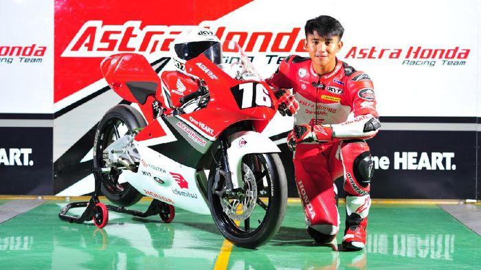 Pebalap AHRT, Mario Suryo Aji bakal tampil di CEV Moto3 Championship 2021.   Dok: AHM