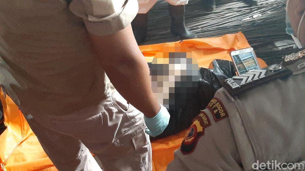 Mayat Siswi SMA Bogor dalam Plastik, Polisi: Ada Memar di Leher