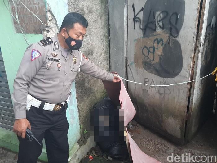 Mayat Wanita Terbungkus Plastik di Bogor