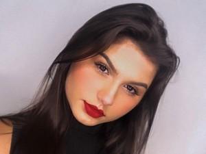 Kontroversial, Ini Wanita Transgender Kembar Pertama di Dunia