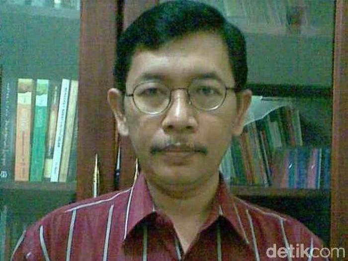 Pakar kebijakan publik Untag Surabaya Agus Sukristyanto