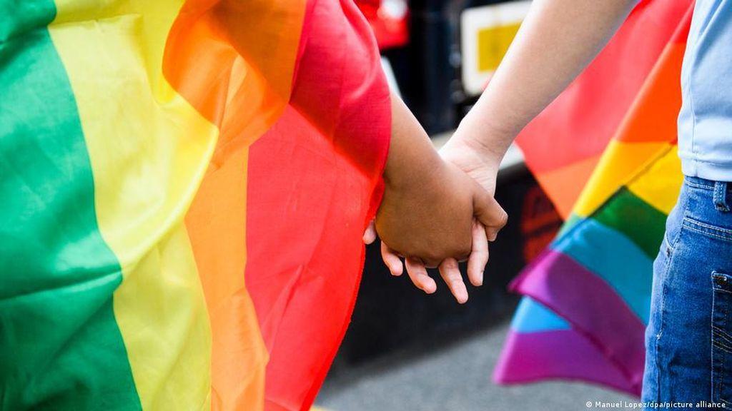 Pengadilan Tinggi Malaysia Menangkan Gugatan Pria Gay