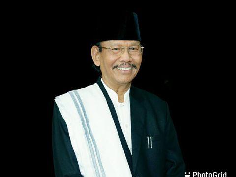 Pimpinan MTA Solo, Ahmad Sukina