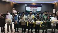 Ponpes Gontor Putri Awali Gerakan Santri Bermasker di Ngawi