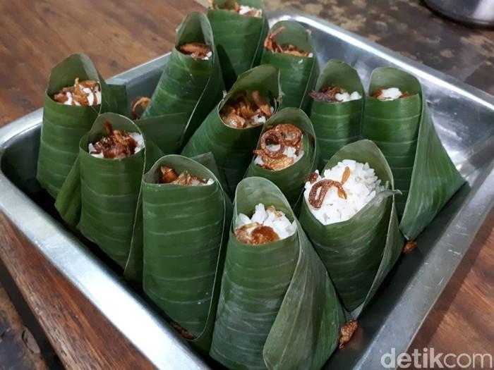 Sedapnya Nasi Uduk Kebon Kacang Legendaris Racikan Kedai Zainal Fanani