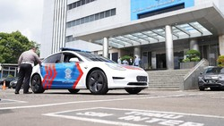 Mobil Listrik Tesla Kini Jadi Armada Patroli Korlantas Polri