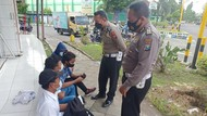 Polisi Amankan 4 Remaja Joget TikTok di Traffic Light Situbondo