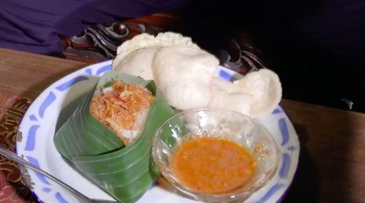 5 Rekomendasi Nasi Uduk Enak dari Abdel Achrian